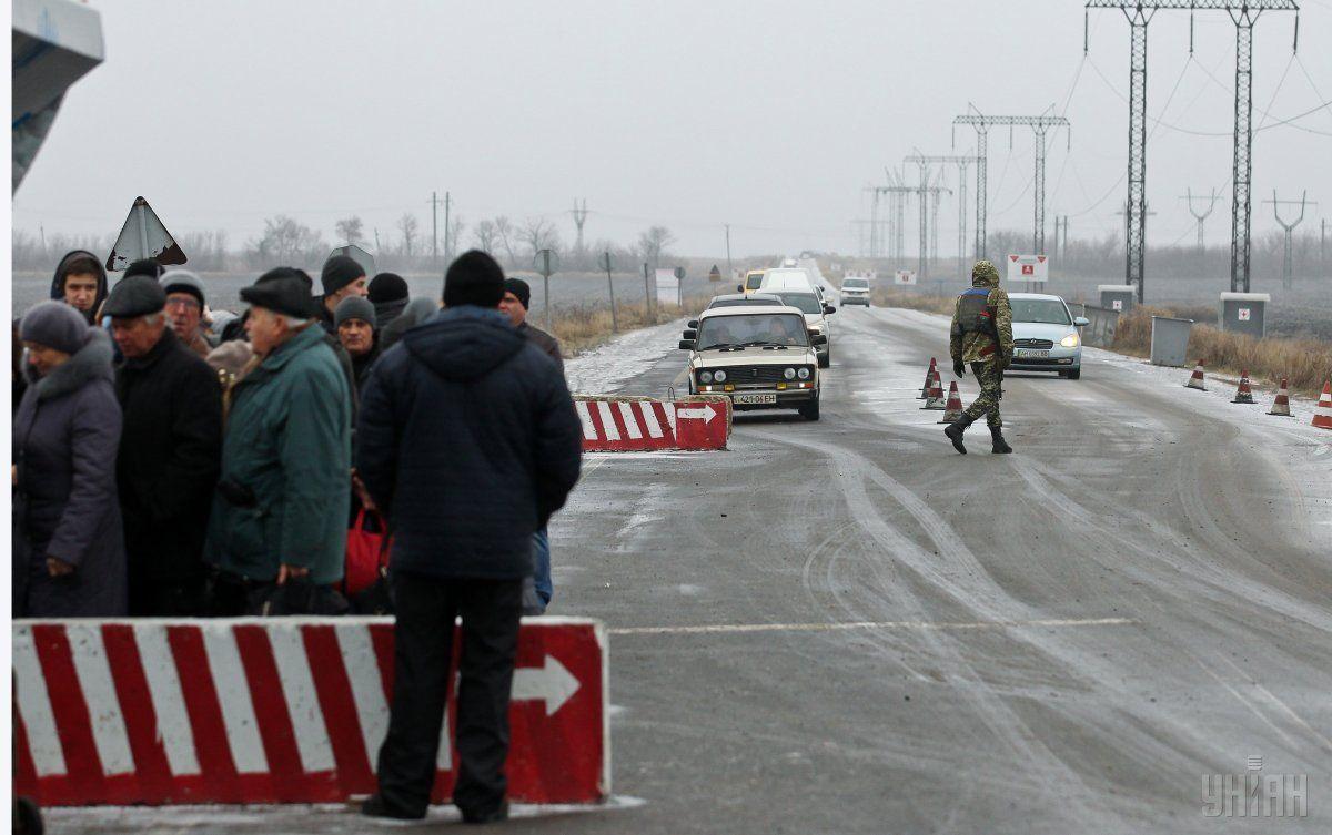 Обстріл опорного пункту прикордонників бойовики здійснили зі ЗУ-23 та АГС-17 / Фото УНІАН