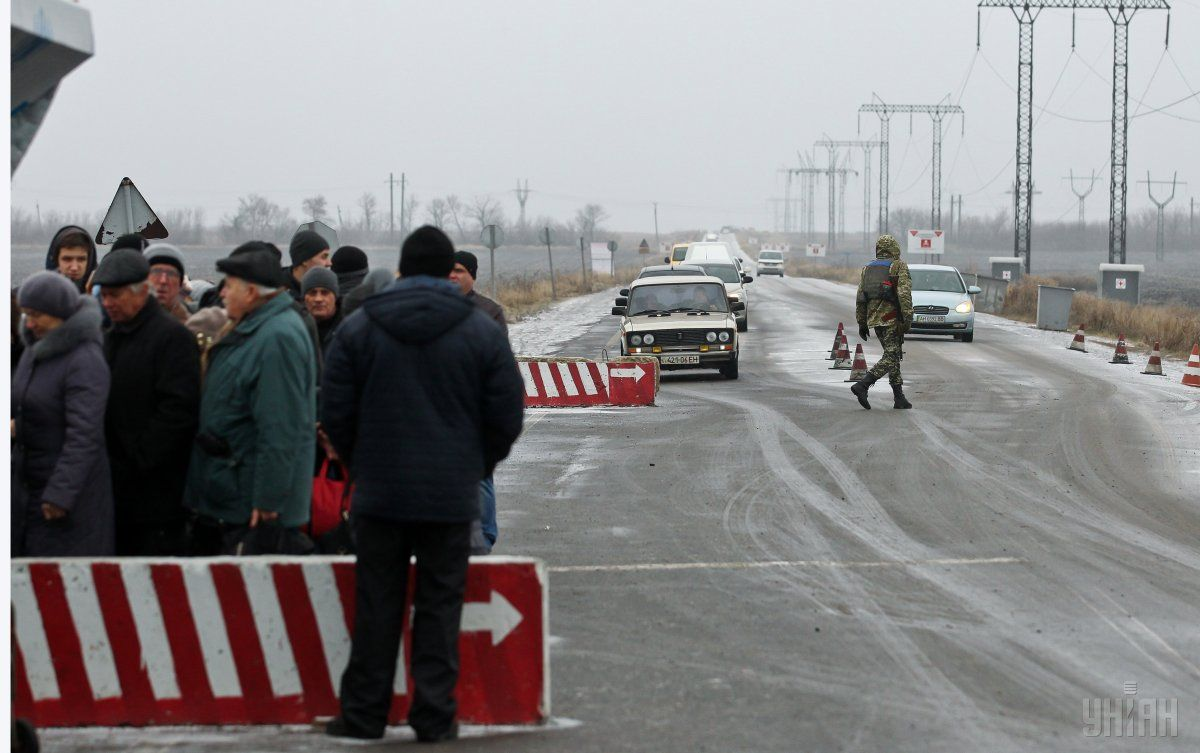Много украинцев на Донбассе поддерживают украинских военных / фото УНИАН