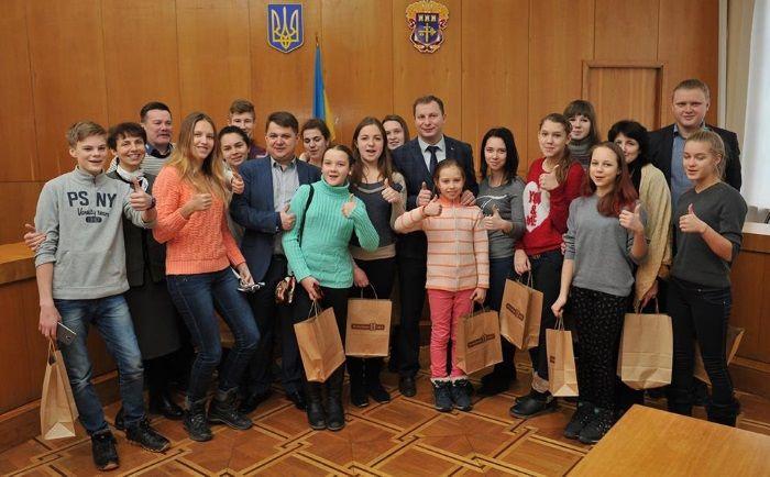 Діти приїхали до Тернопільщини / Фото ТОДА