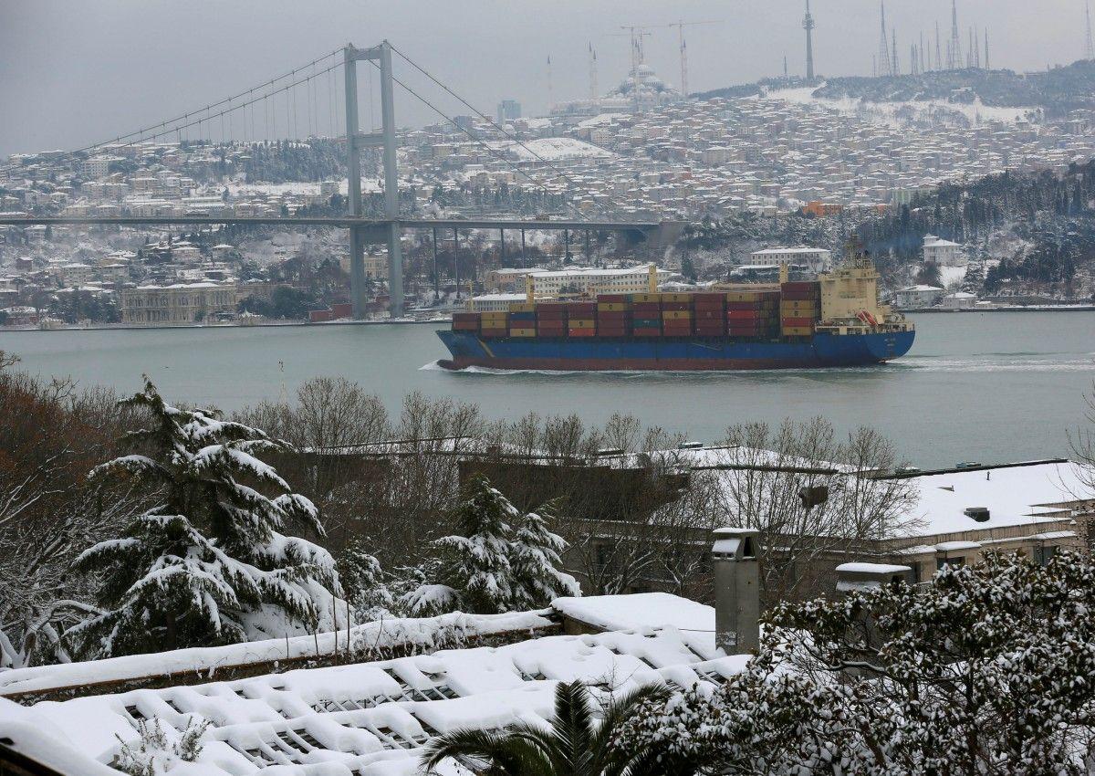 Босфорську протоку тимчасово закритий для судноплавства / REUTERS