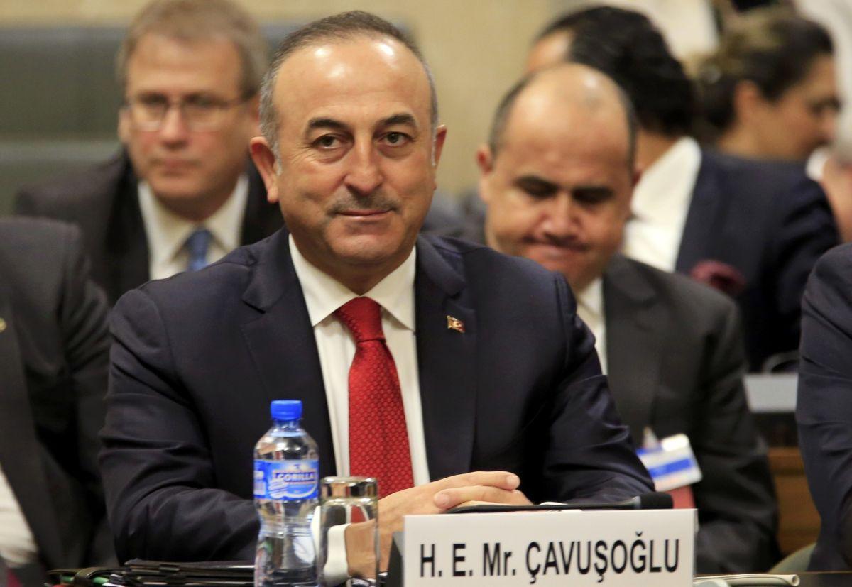 глава МИД Турции Мевлют Чавушоглу / REUTERS