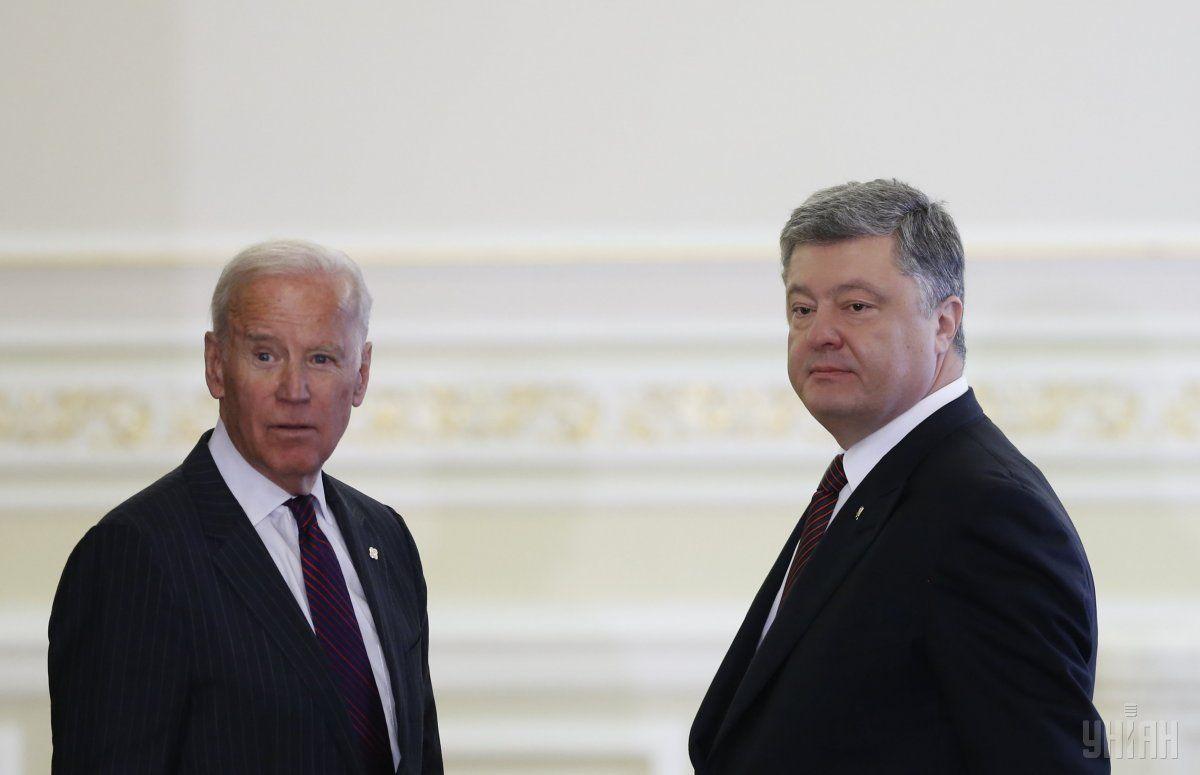 Джозеф Байден и Петр Порошенко / фото УНИАН