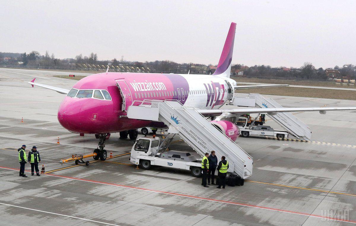 Wizz Air отменила более 20 авиарейсов / Фото УНИАН