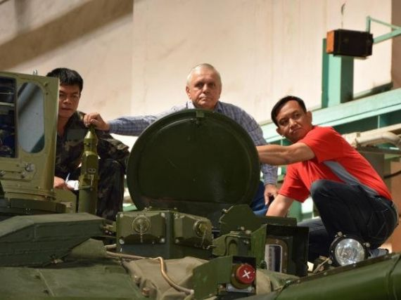 Acceptance of an Oplot tank by Thai experts at