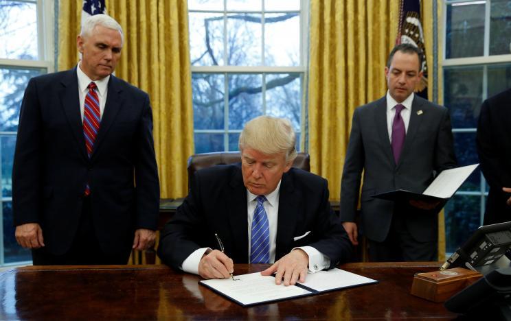 Трамп підписав указ / REUTERS