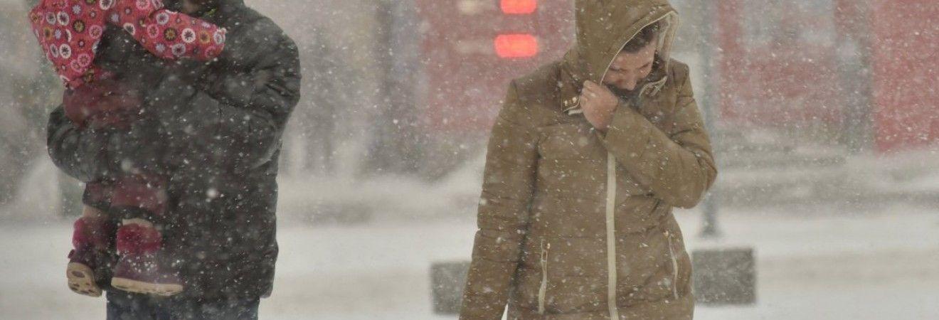 Жителів південних регіонів очікує мінлива хмарність. Температура до +6°.  Читайте також Аномально тепла осінь в Києві  середня температура була на  1 bc22c6d6e1989