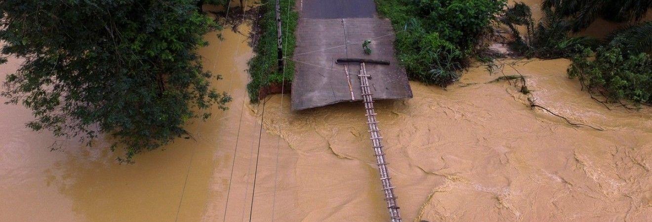 В Таиланде продолжает увеличиваться число жертв наводнения