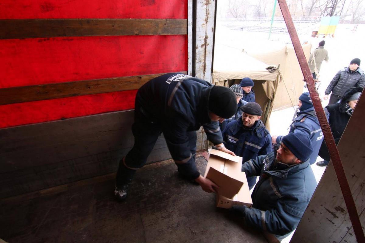 Вантаж відправили з  території управління ДСНС / фото УНІАН