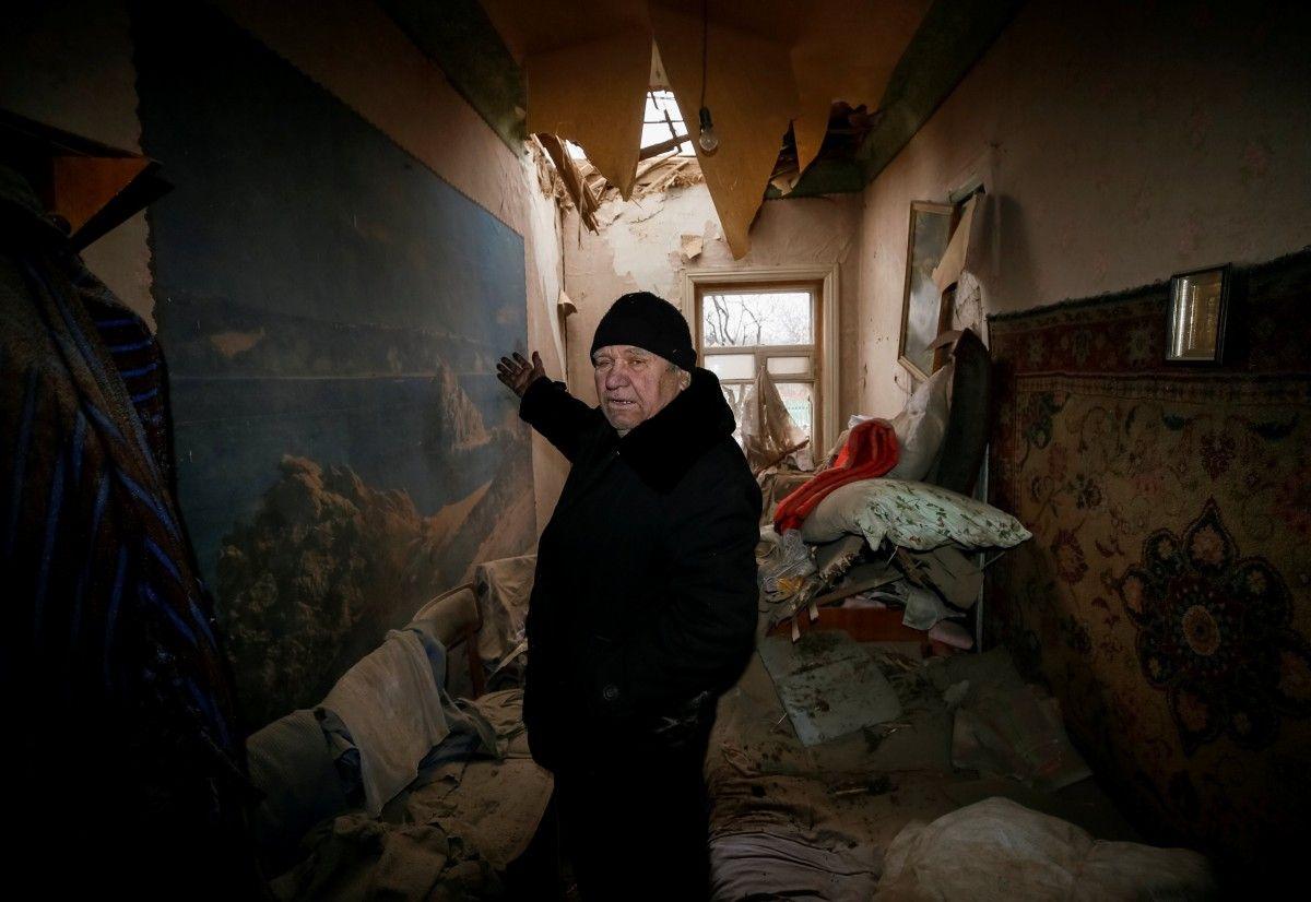 В Авдіївці бойовики обстрілюють мирні квартали / REUTERS