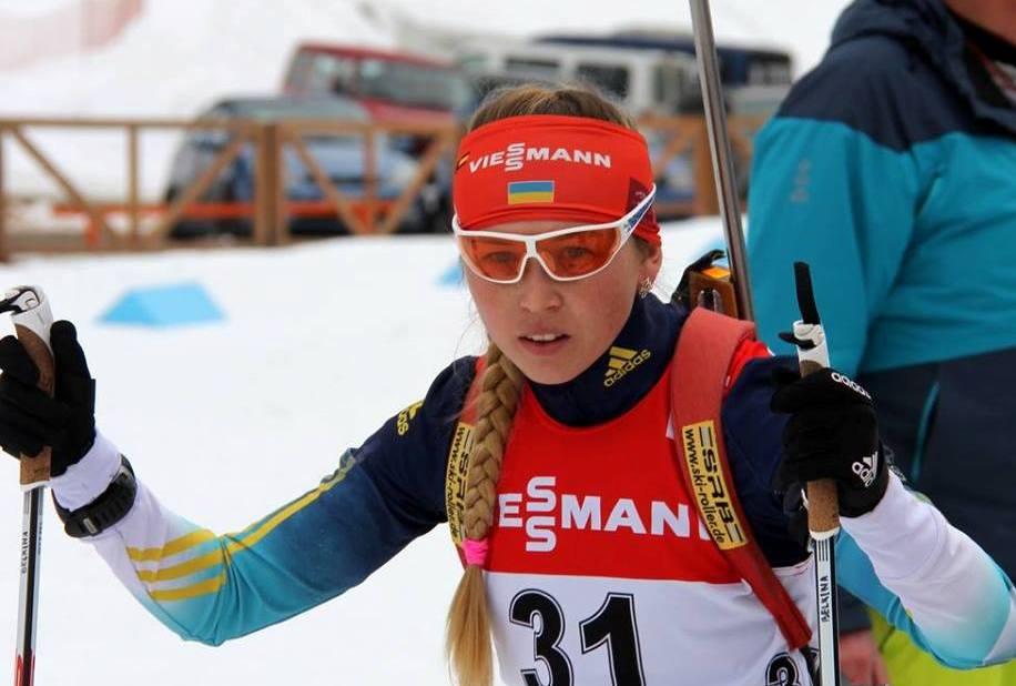 Надія Бєлкіна подолала один штрафний круг в естафеті / biathlon.com.ua