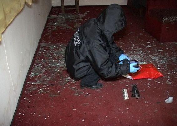 Картинки по запросу поліція зясувала хто обстріляв будинок