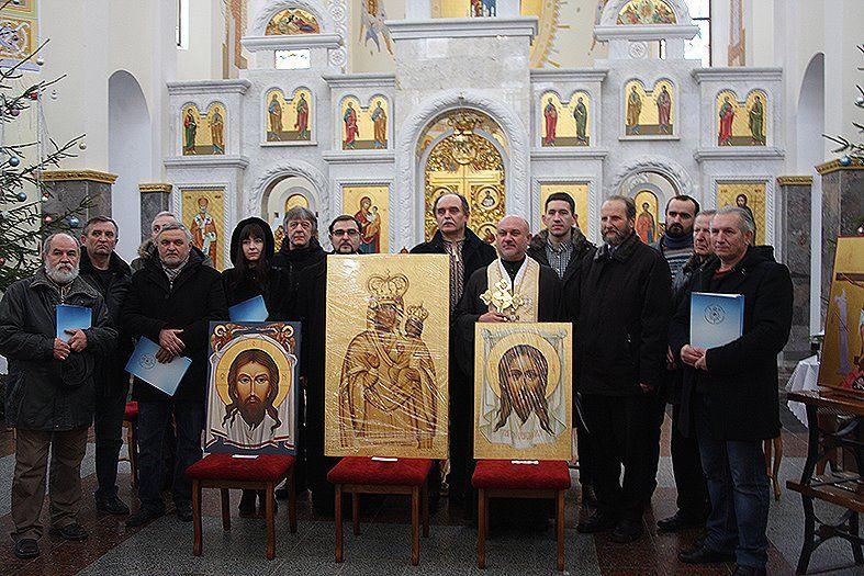 Невеликі ікони-обереги із зображенням ангелів-охоронців 12 іконописців намалювали в рамках пленеру