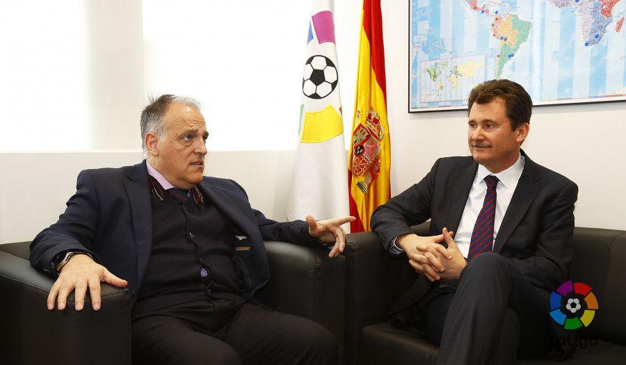 Президент Ла Лиги и посол Украины требуют от правительства Испании соблюдения фундаментальных прав человека / laliga.es