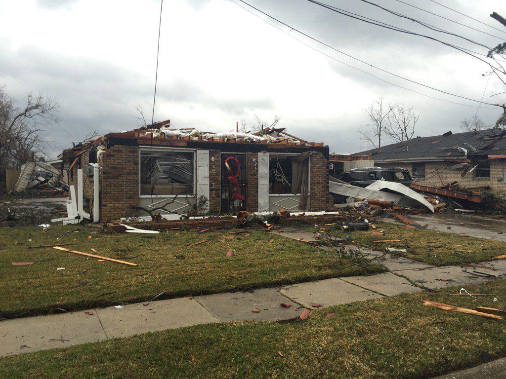 Наслідки торнадо у Луїзіані / twitter.com @mgsledge