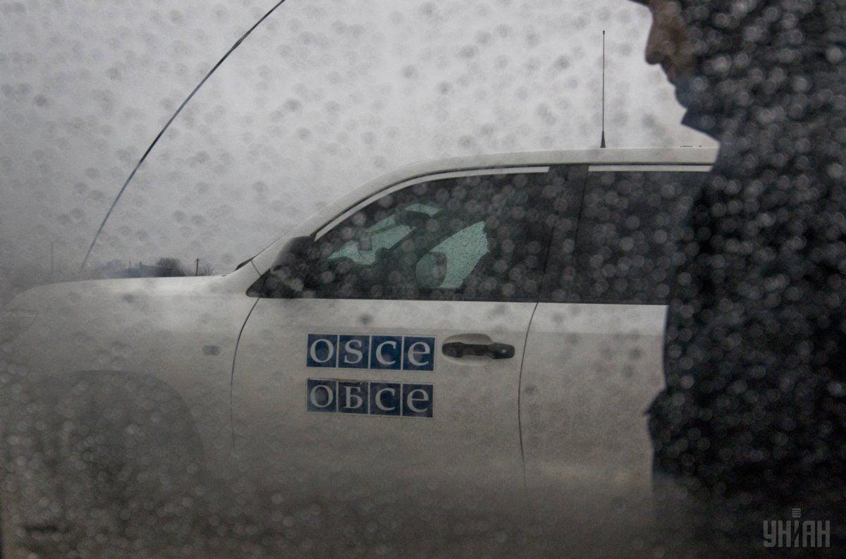 Спостерігачі ОБСЄ за добу зафіксували 40 вибухів на Донбасі / фото УНІАН