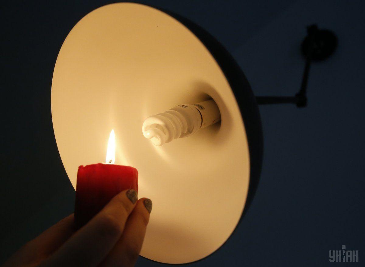 Через негоду без світла залишаються 84 населені пункти / Фото УНІАН