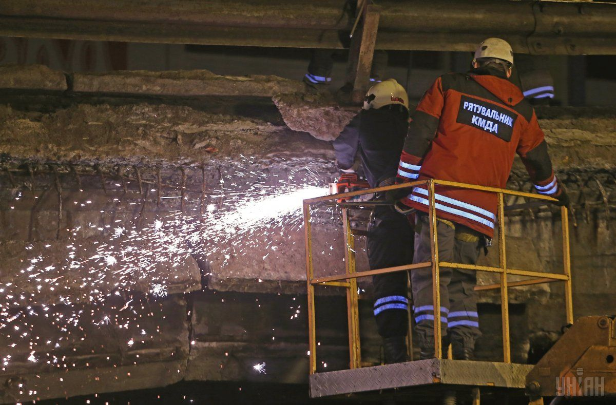 Шулявский мост откроют для проезда / УНИАН