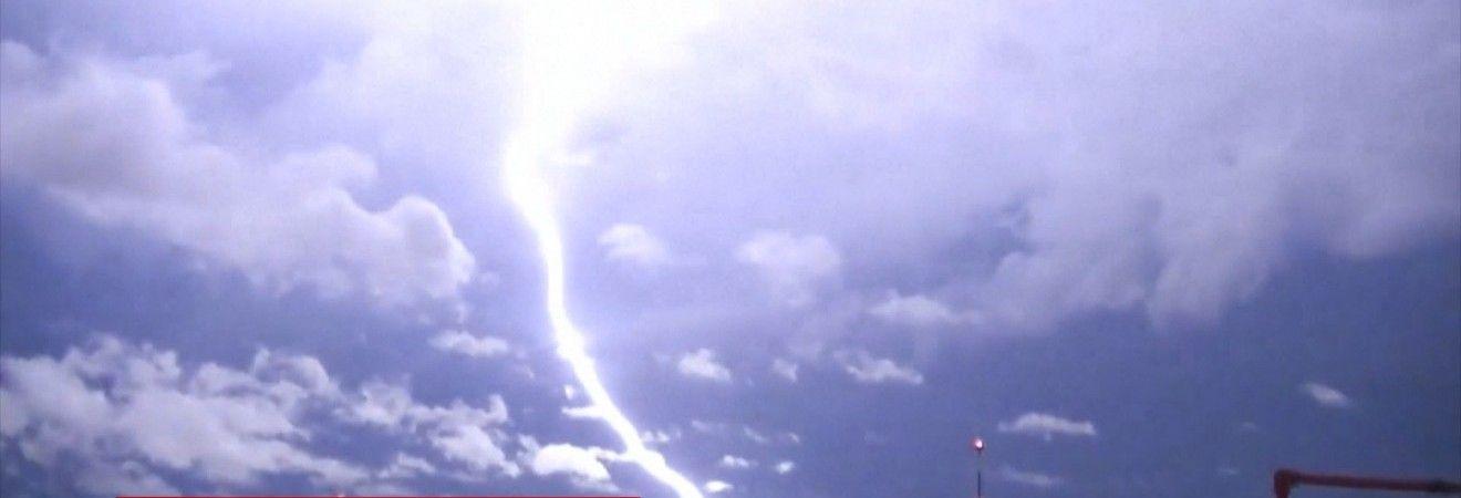 У Чилі 11-річна дитина загинула від удару блискавки (відео)