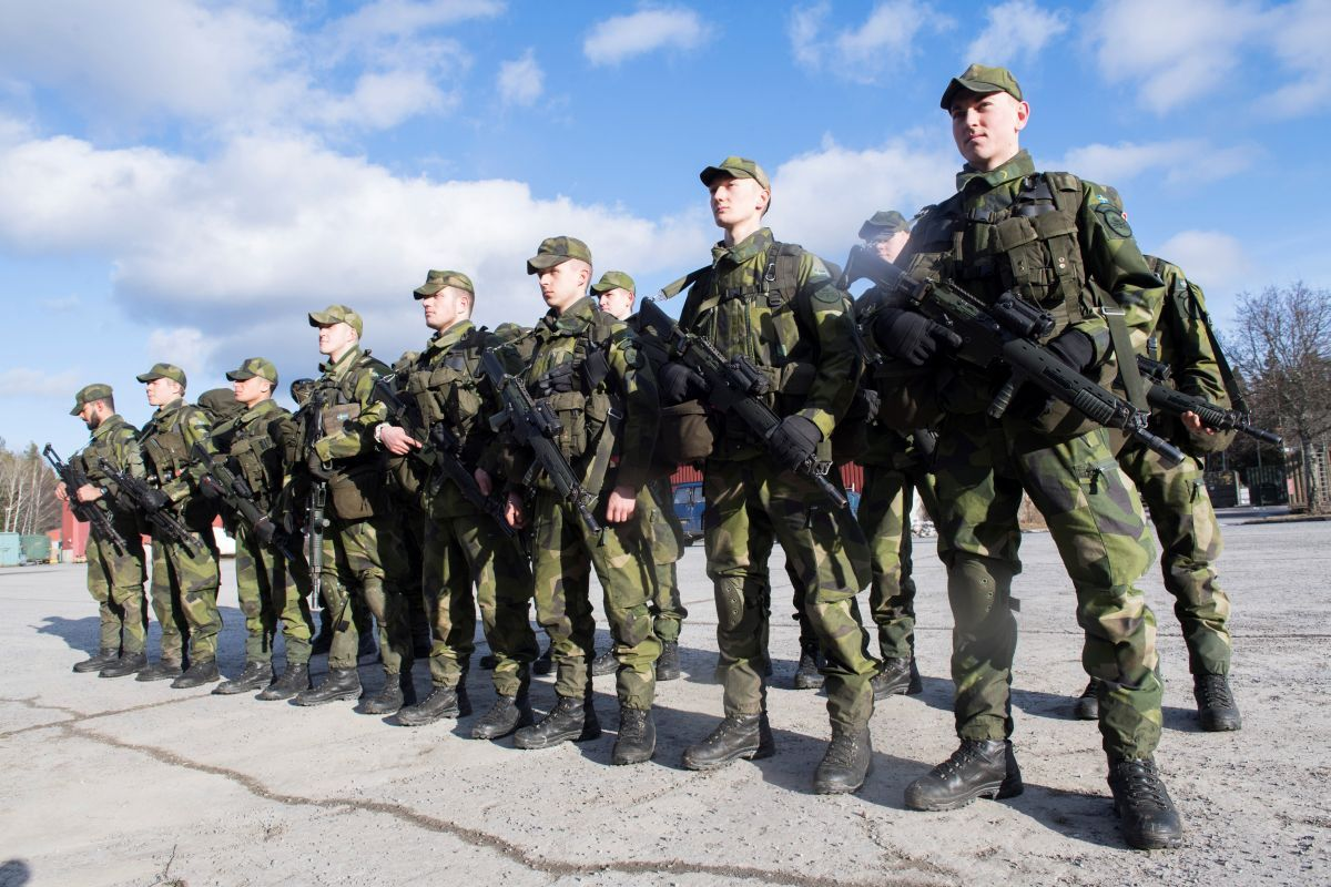 Sweden resumes draft over Russian threat - world news