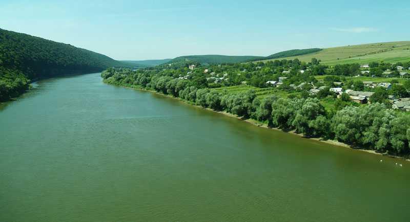 У разі будівництва каскаду ГЕС на Дністрі буде знищено природні комплекси національного природного парку
