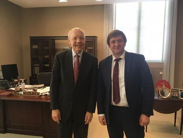 Джон Коскінен і Олександр Данилюк / Фото facebook/minfin.gov.ua