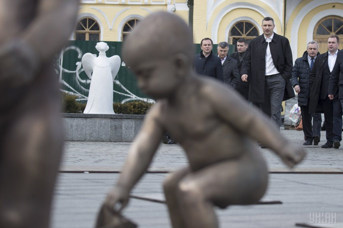 Кличко: Все работы на Почтовой площади должны быть завершены до начала мая / Фото УНИАН