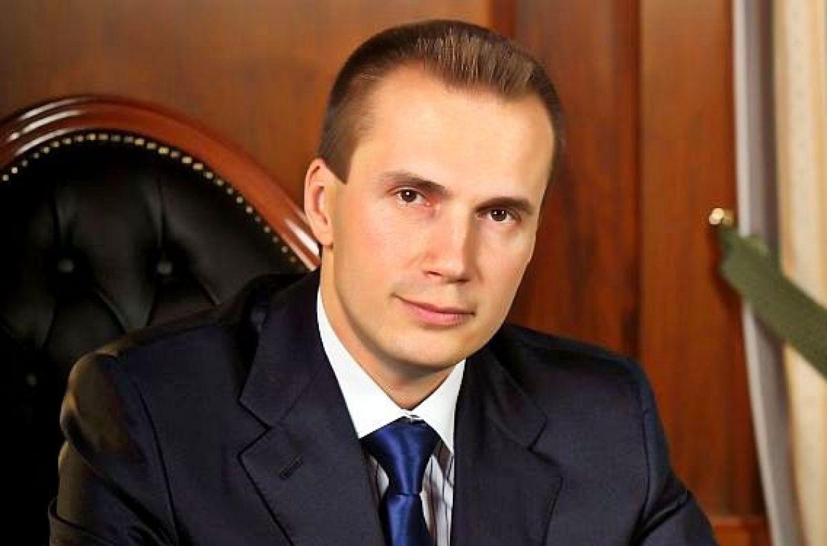 """Власником банку """"Всеукраїнський банк розвитку"""" був Олександр Янукович / фото uapress.info"""