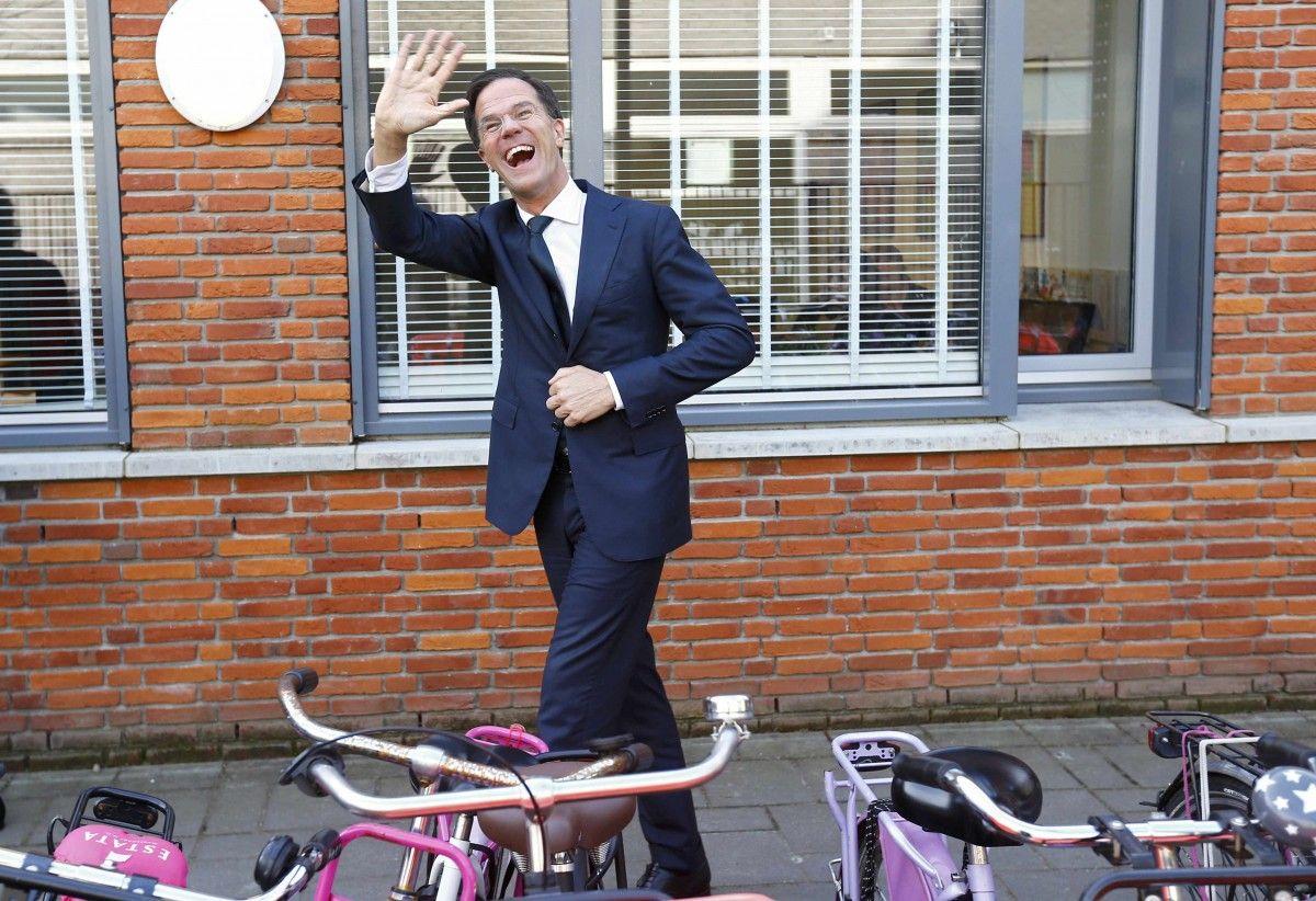Проевропейская партия Марка Рютте победила на выборах в Нидерландах / Фото REUTERS