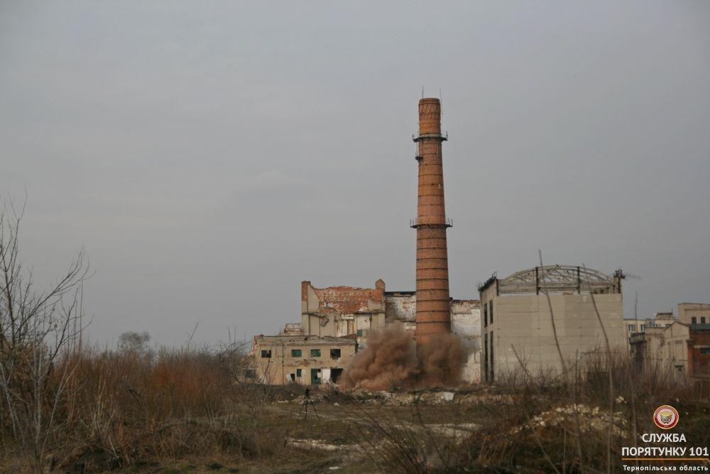 Інші способи демонтажу виявилися неможливими / ternopil.dsns.gov.ua