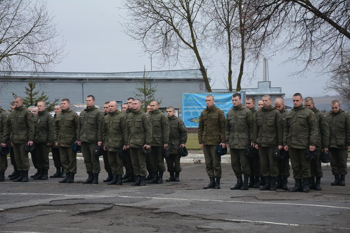 Сьогодні Нацгвардія відповідає як за спокій на мирній частині держави, так і несе бойове чергування на сході / прес-служба ТОДА