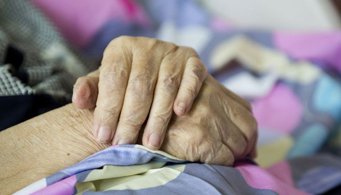 Женщины стареют хуже мужчин / фото zeenews.india.com