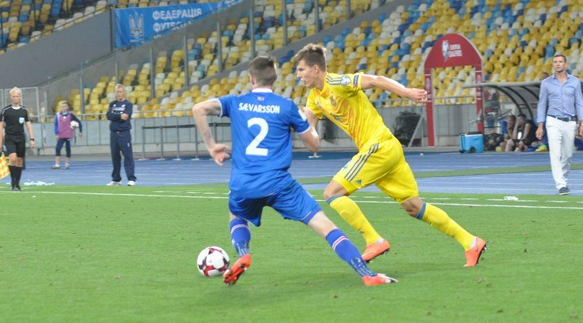 Соболь пропустив матч з Хорватією через дискваліфікацію  / zbirna.com