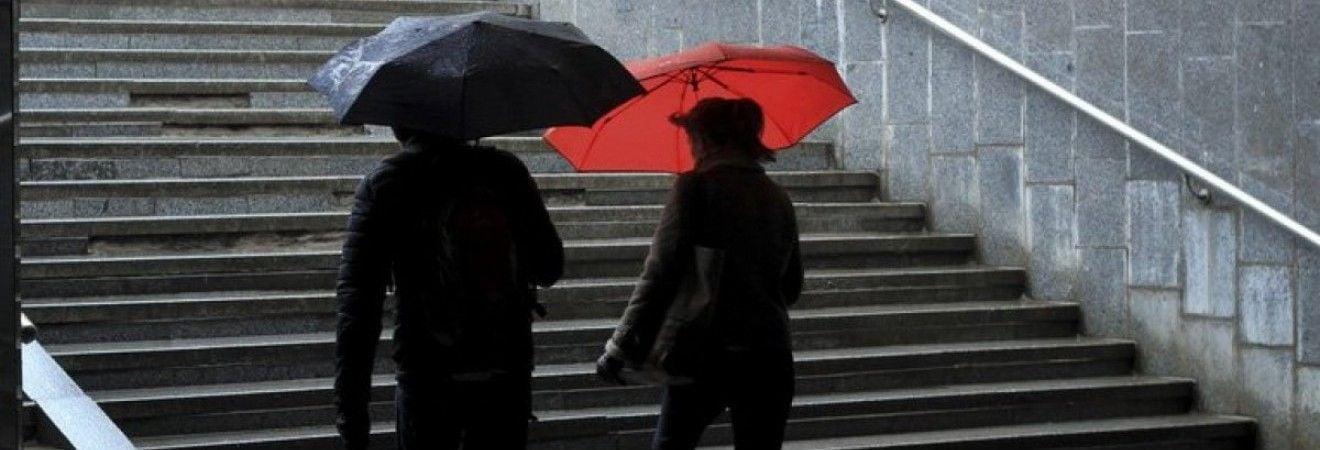 Синоптик попередила українців про погіршення погоди та розповіла, коли нарешті прийде тепло