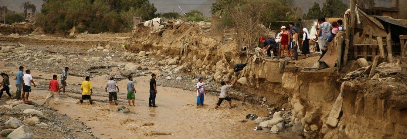 В столице Перу из-за наводнения водоснабжение находится в критическом состоянии