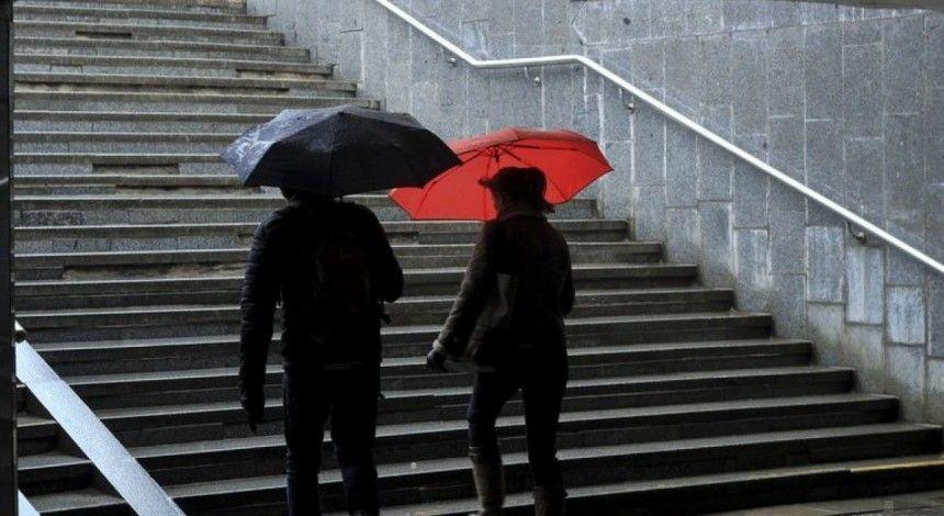 Гроза та град: сьогодні у Києві очікується погіршення погоди