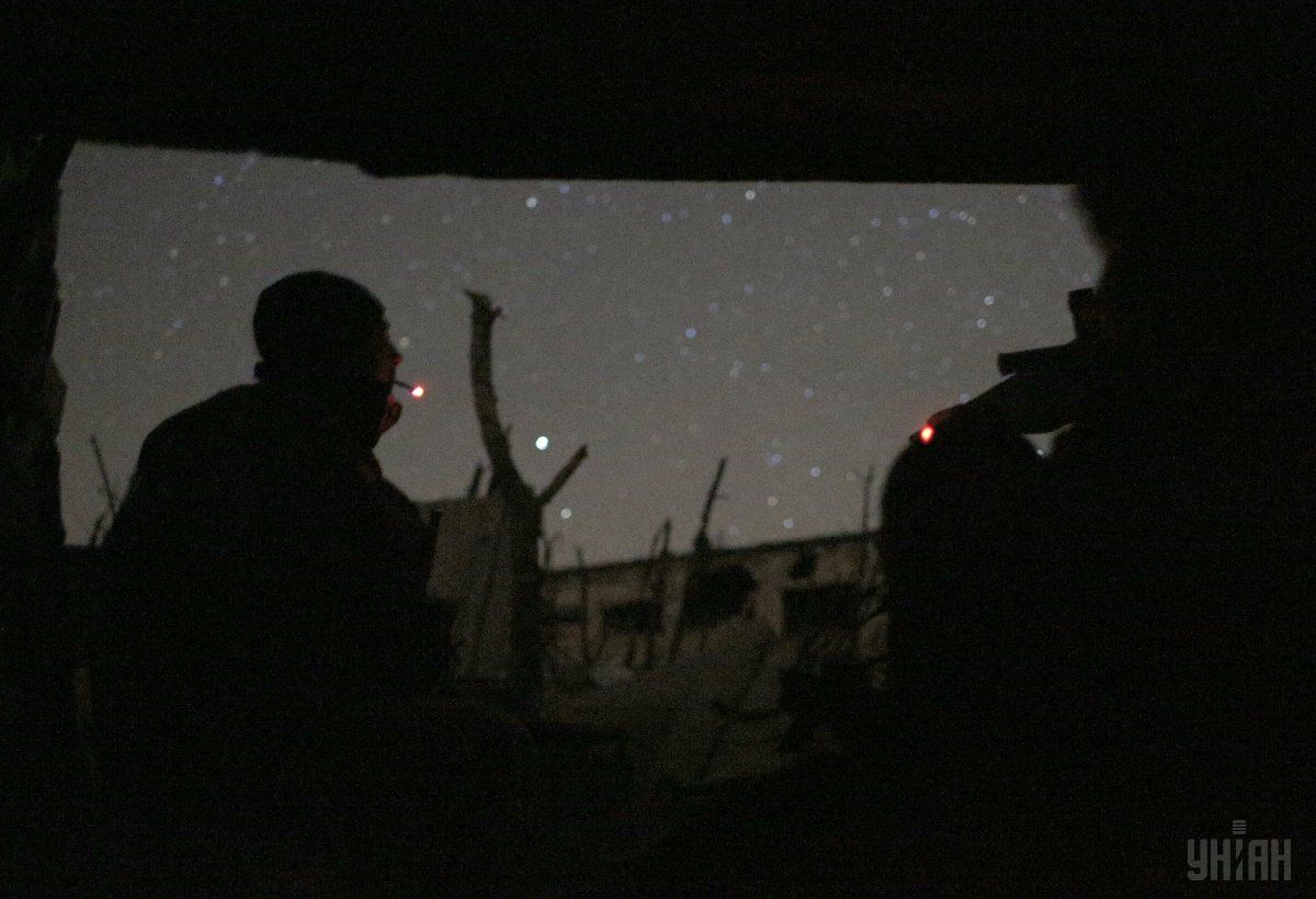 Поблизу Мар'їнки та Лебединського активізувались ворожі снайпери / Фото УНІАН