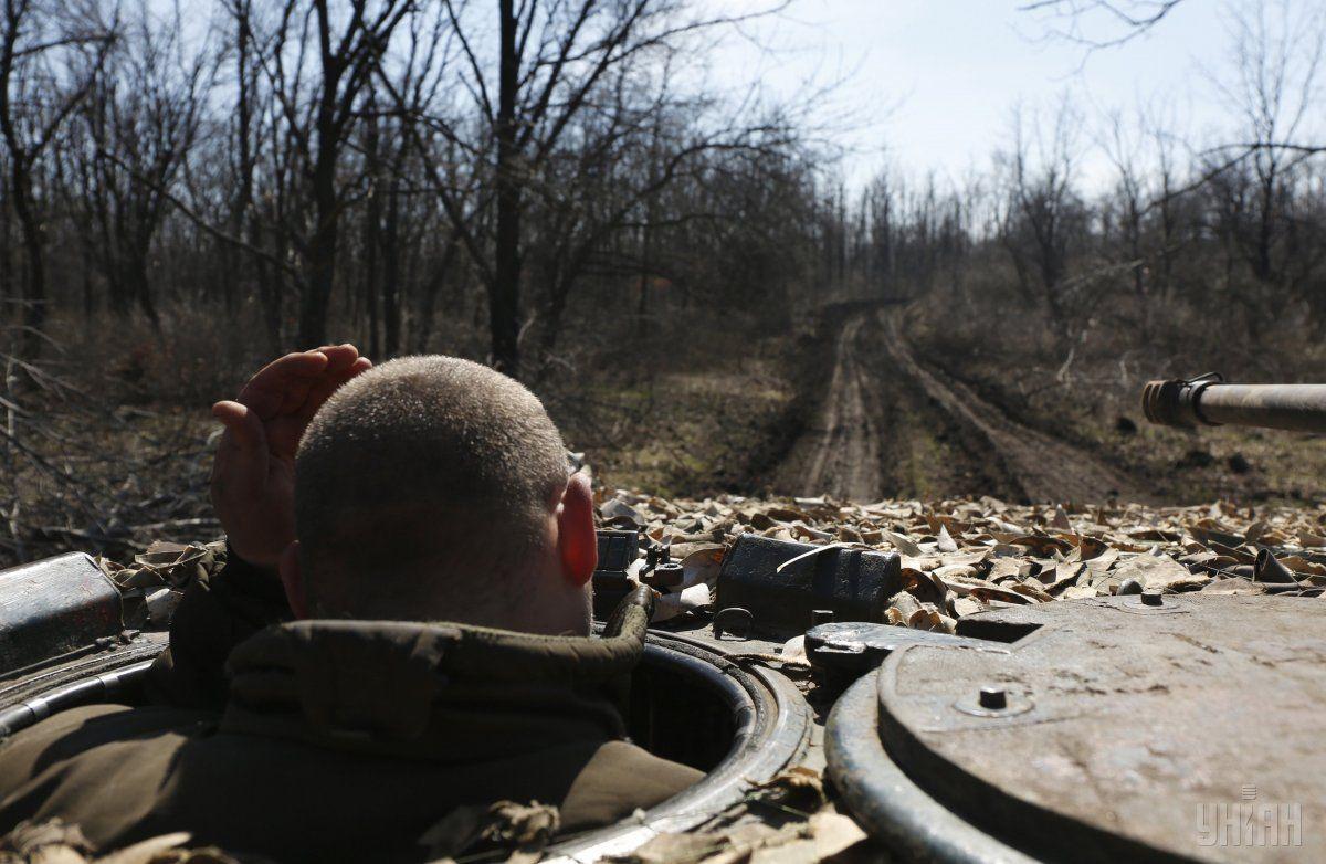 Политические переговоры пока что не позволяют рассчитывать на прорыв в урегулировании конфликта на Донбассе / Фото УНИАН