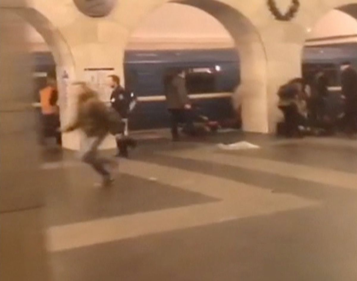 Теракт в метро Петербурга, иллюстрация / REUTERS