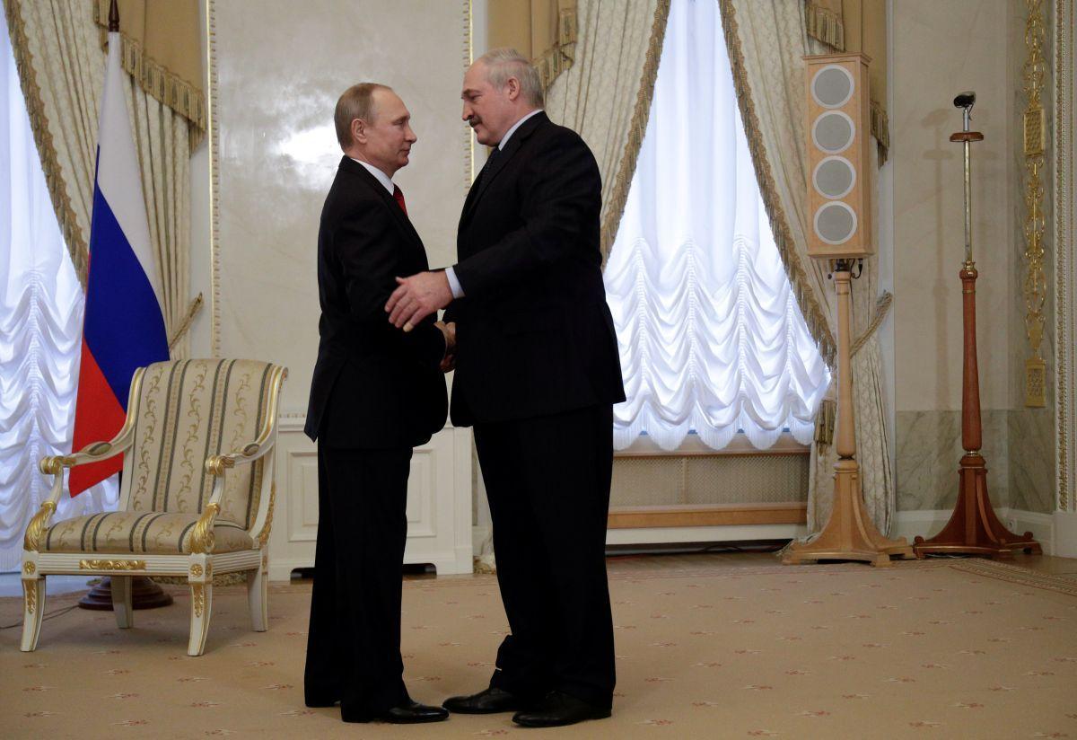 По словам Пескова, проведение встречи никак не связано с Посланием президента РФ Федеральному Собранию 21 апреля / фото REUTERS