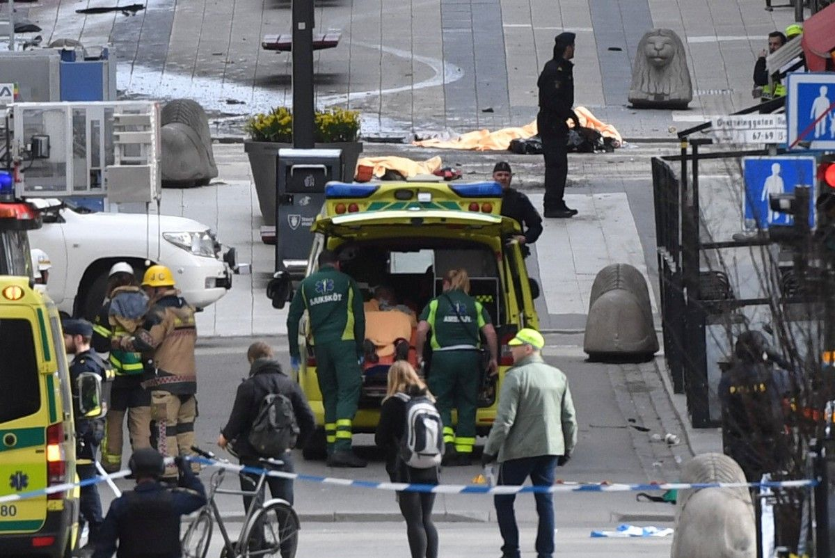 Пока никто не задержан после теракта в Стокгольме / REUTERS