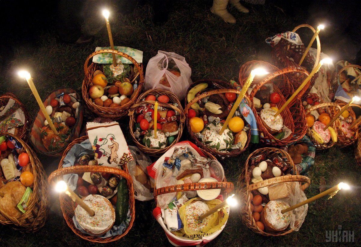 Великодній набір продуктів подорожчав / Фото УНІАН Володимир Гонтар