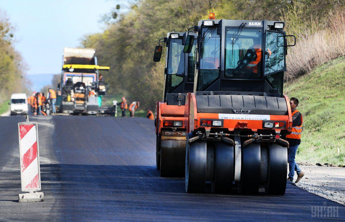 В Украине будут строить бетонные дороги / фото УНИАН