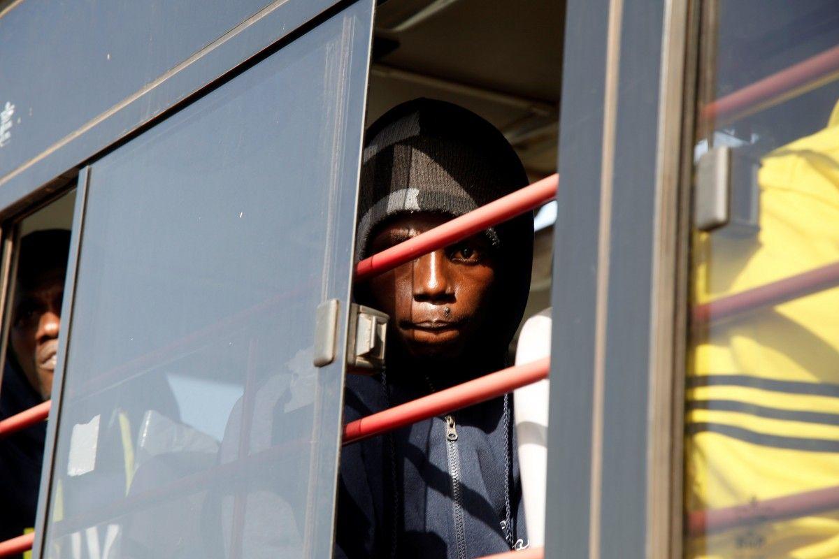 Мигранты из Гамбии в Ливии / REUTERS