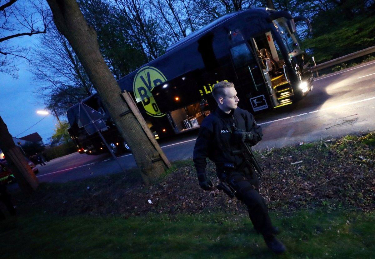 """11 апреля 2017 года в автобусе дортмундской """"Боруссии"""" сработало взрывное устройство/ Reuters"""