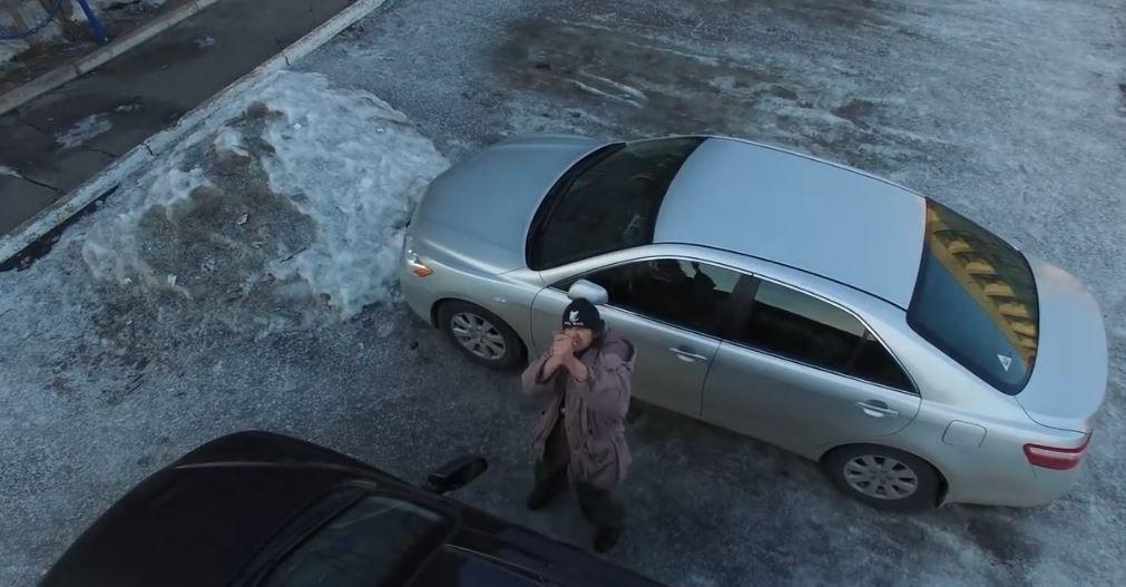 Переляканий дроном росіянин атакував його уявними гранатами