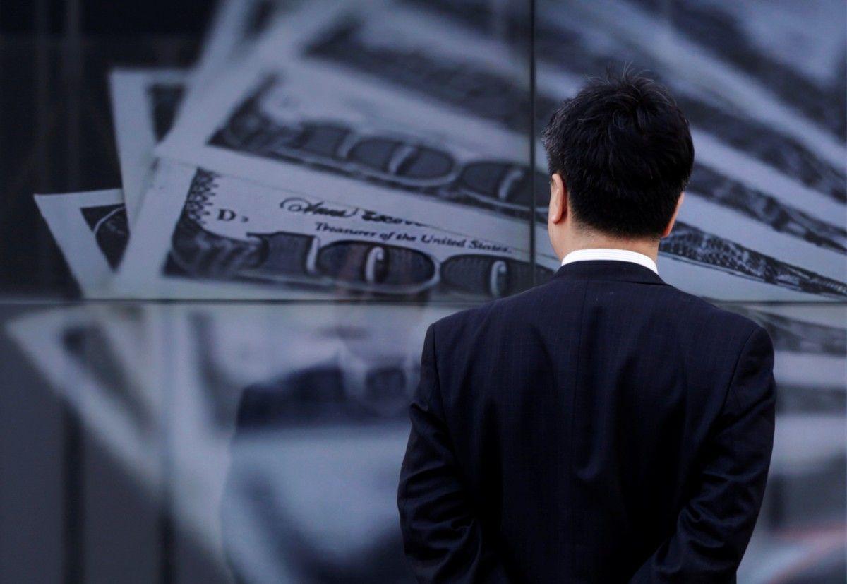 Експерти заявили, що попит на валюту може поступово збільшитися / Ілюстрація REUTERS