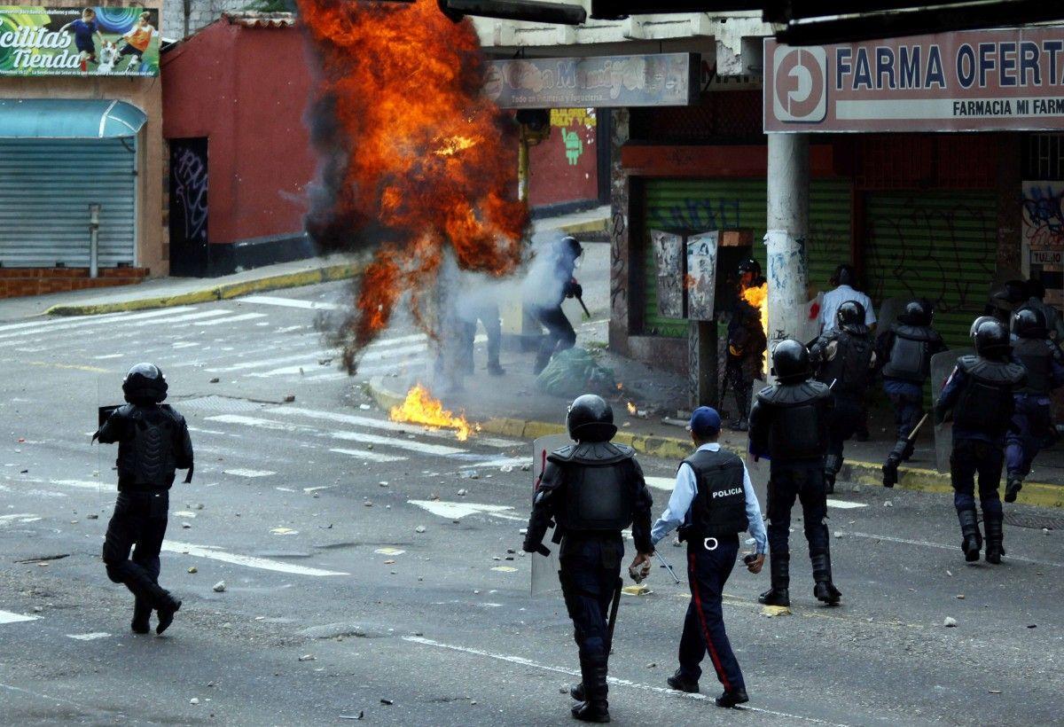 Заворушення в Каракасі / REUTERS