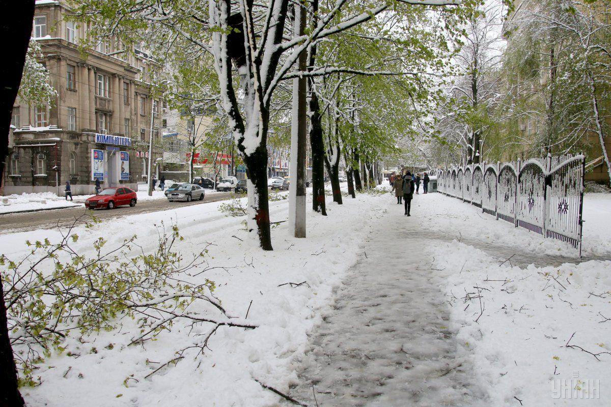 Холодна погода в Україні буде триматися до 26 квітня / УНІАН