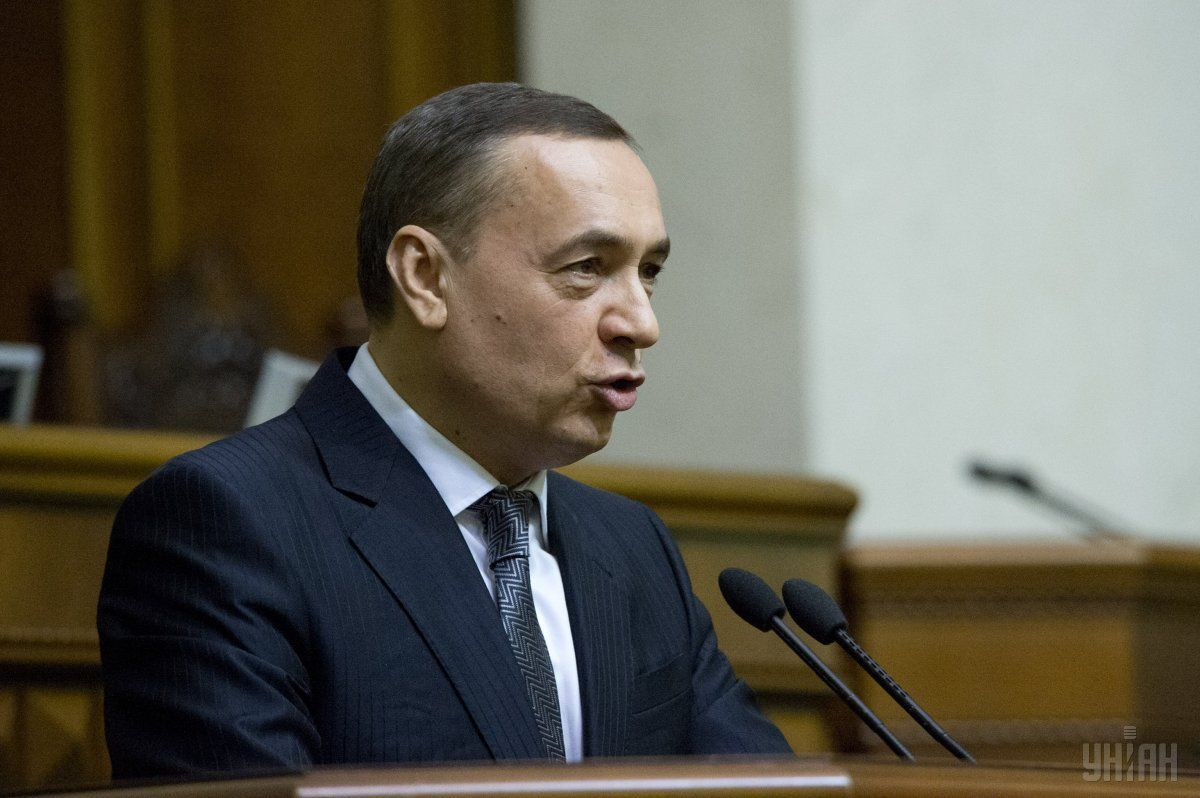 НАБУ задержало Мартыненко, эксперты называют разные версии о причинах такого решения / Фото УНИАН