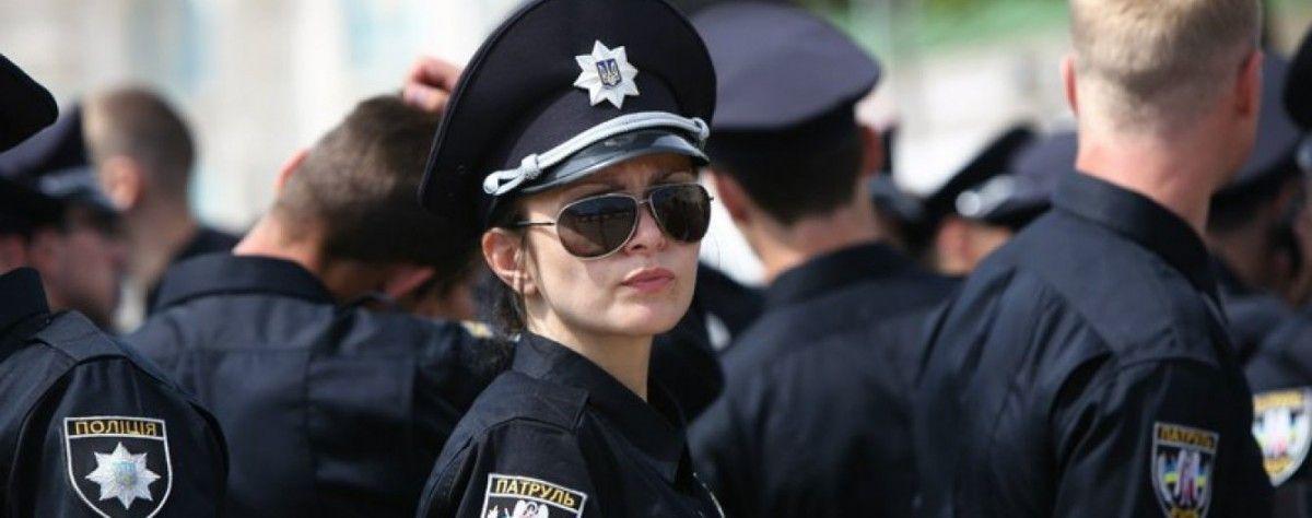За порядком у стадиона будут следить больше 1000 полицейских  / vk.com/ukraine_police